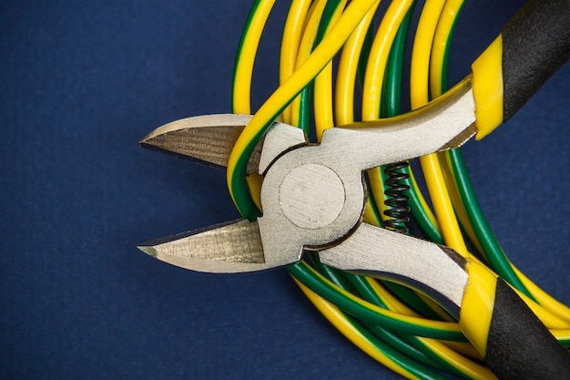 Wire cutters or diagonal pliers and wires