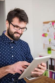 La connessione internet wireless è molto utile al lavoro