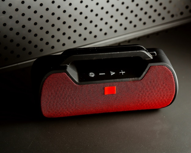 Wireless speakers in black and red