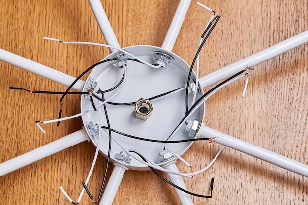 Wiring of modern ceiling chandelier for led light bulbs.