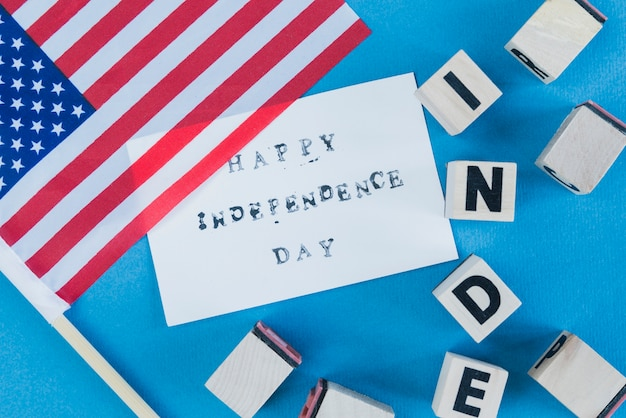 Wishes for independence day with decor