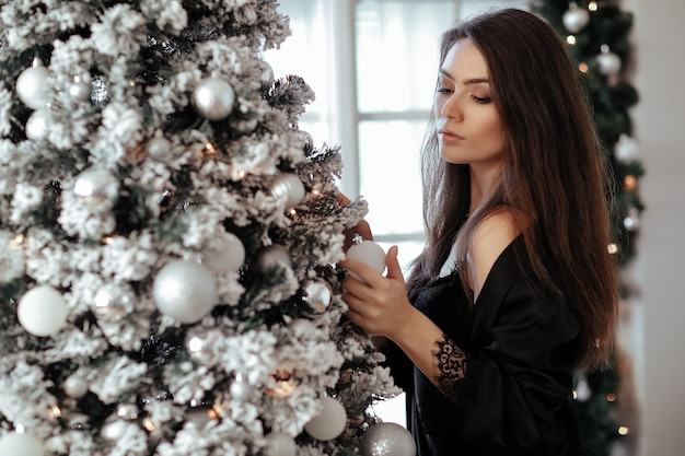 크리스마스 트리 여자