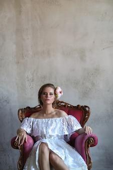 Donna in un vestito