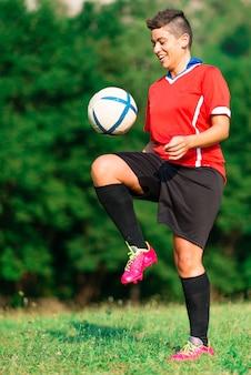 女性サッカー選手