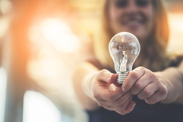 Концепция идей творчества лампочки