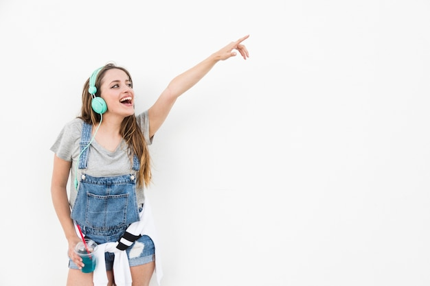女の子、指、指、指、何か、白い背景