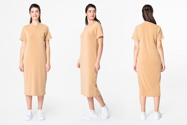 Женщина в бежевой футболке платье повседневная одежда мода всего тела