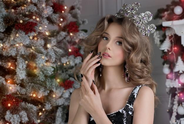 크리스마스 밤에 여자