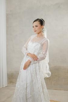 흰 드레스 매력 프리미엄 사진 여자