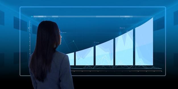 그래프 홀로그램을 보고 있는 여자 아시아 여성 개념 비즈니스