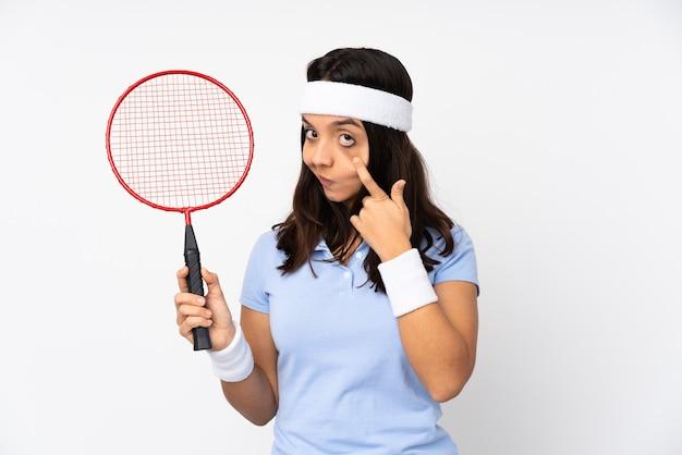 テニスをしている女性