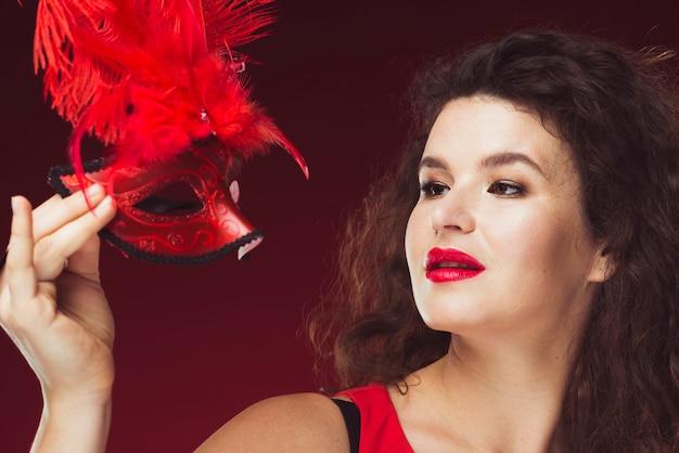 女、羽を持つ、マスク