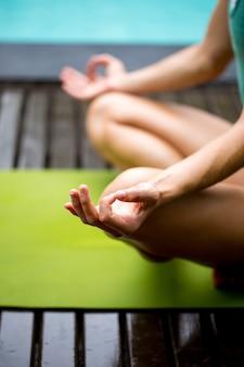 女性、mudra、瞑想、練習