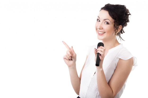 Женщина, представляя новости
