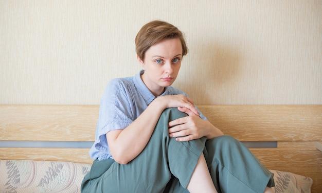 여자 스트레스 국제 노동자 동맹 여성의 날 건강 관리 개념 심리적 건강 정서적 불안