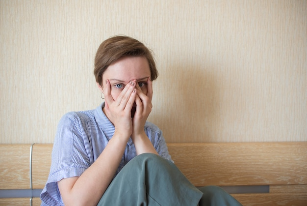 여자 스트레스 여자 폭력과 학대 개념 심리적 건강 정서적 불안