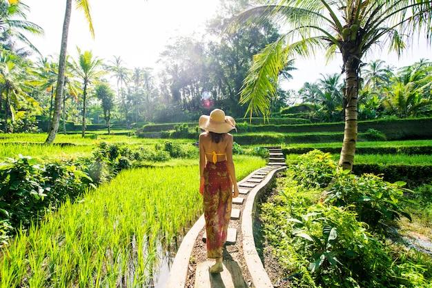 Woman at tegalalang rice terrace in bali