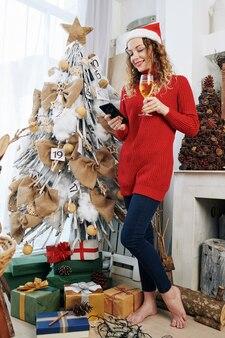 クリスマスイブに女性のテキストメッセージ