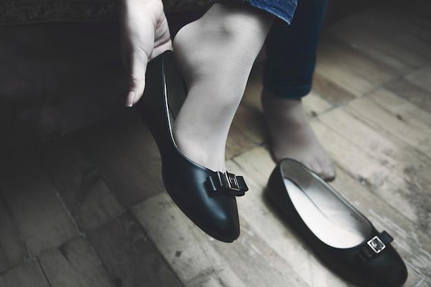 Woman wear shoes
