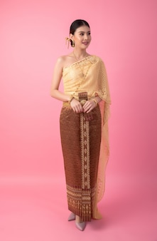 A woman wearing an ancient thai dress