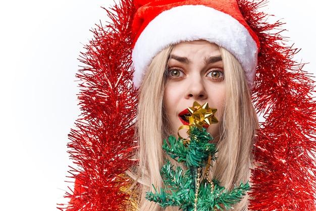 산타 의상 장식 휴일 크리스마스 밝은 배경을 입고 여자