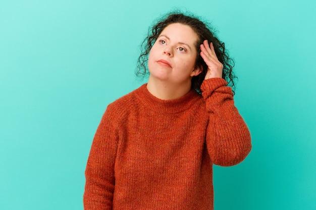 ショックを受けて孤立したダウン症の女性、彼女は重要な会議を覚えています