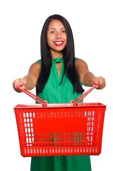 Женщина с корзиной для покупок, изолированная на белом