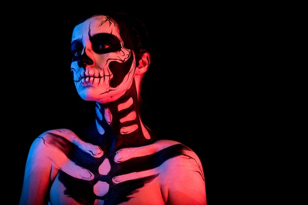 Woman with skeleton bodypainting