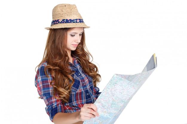 地図を持つ女性