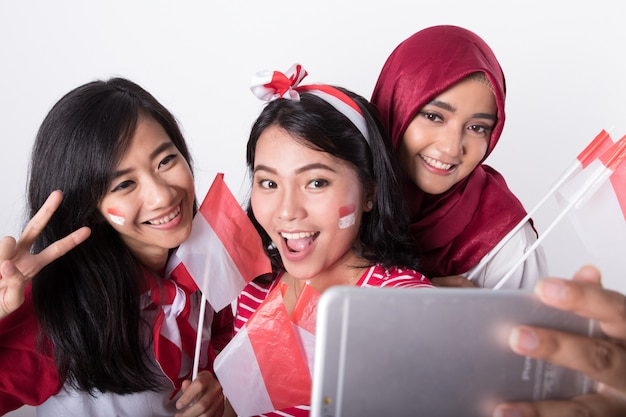 Women celebrating indonesian independence day