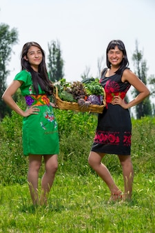 Women collecting vegetables