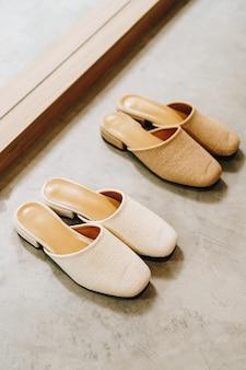 Женская модная обувь