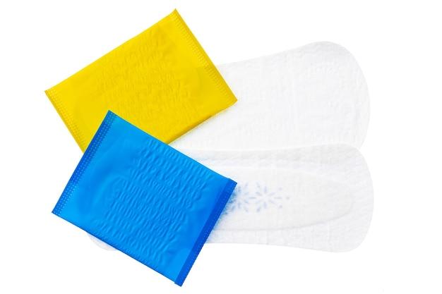 白で隔離される女性の衛生パッド