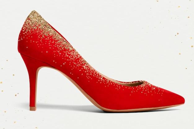 반짝이 정장 패션을 가진 여성의 우아한 빨간색 하이힐 신발