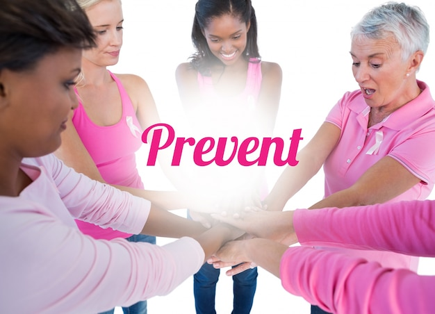 乳がんのためにピンクとリボンをまとった女性たち