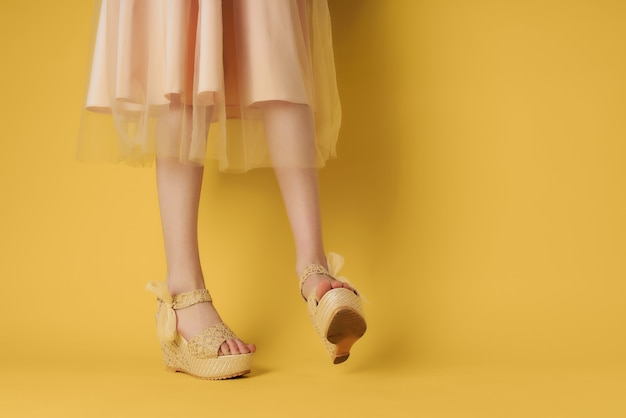 レディースシューズグリーンファッションパリーモダンスタイル