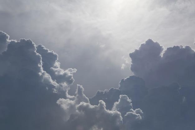 Чудесное облако в небе.