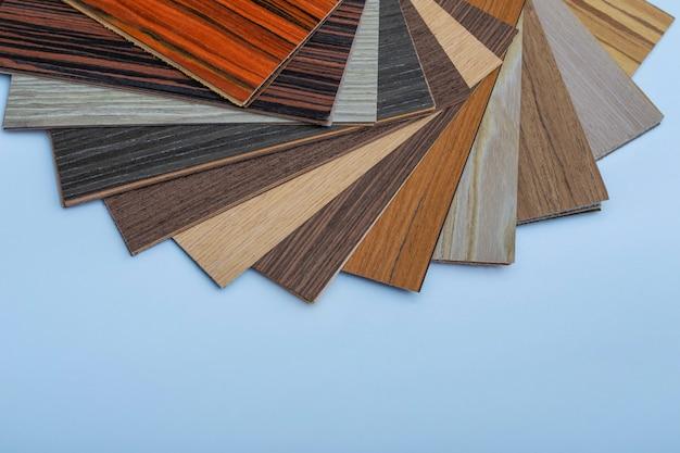 Концепция деревянного ламината. образцы макета ламината. образцы цвета и фактуры древесного ламината.