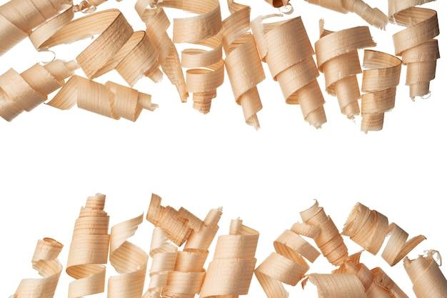 Кудри стружки, изолированные на белом фоне