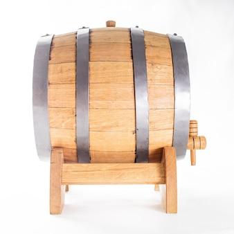 화이트 절연 와인에 대 한 나무 통