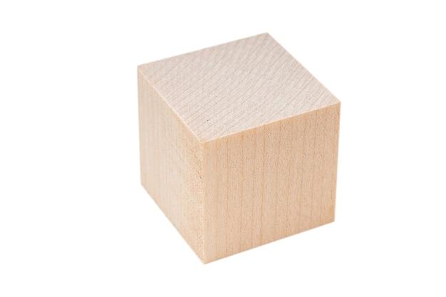 나무 블록, 흰색 절연 큐브입니다. 텍스트, 아이디어에 대한 빈 가장자리가 있는 큐브 모양