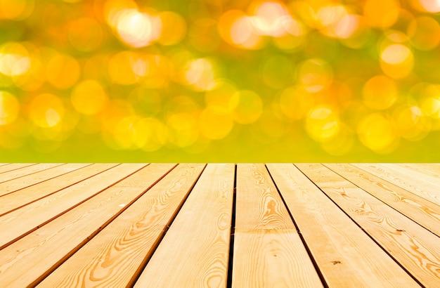 Деревянные доски с боке огни
