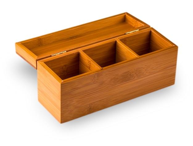 白い背景で隔離の木箱。
