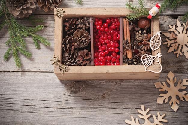크리스마스 장식 나무 상자
