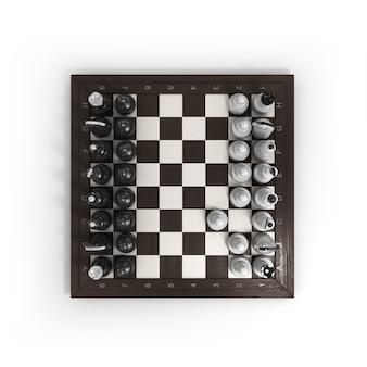 Деревянные шахматы на шахматной доске, изолированные на белом фоне