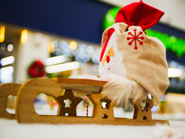 크리스마스 트리 수 제 나무 크리스마스 복고풍 장난감입니다. 고품질 사진