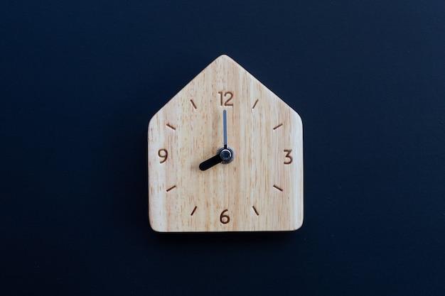 Деревянные часы o