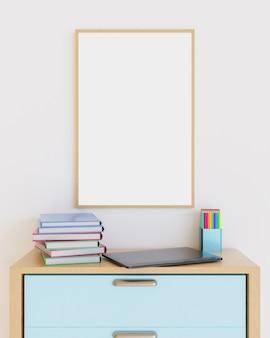 노트북, 책, 위에 색연필이있는 침실 가구에 나무 프레임
