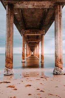 ブライトンビーチの木造桟橋