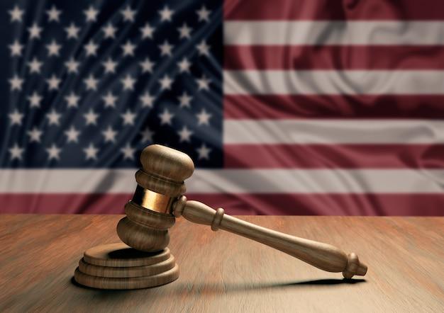 Деревянный молоток судьи символ закона и справедливости с флагом сша. верховный суд северной америки. 3d-рендеринг